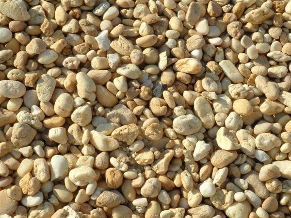 rock walkways pea gravel